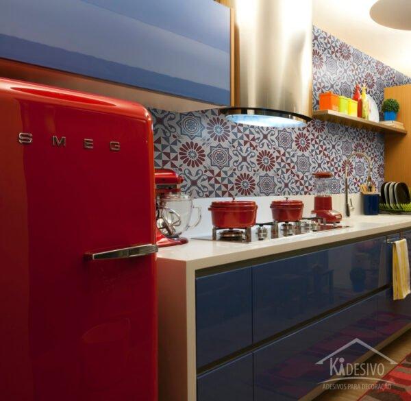 Azulejo Adesivo Cinza e Vermelho